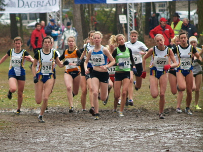 Start, Jolien links, Sofie rechts.